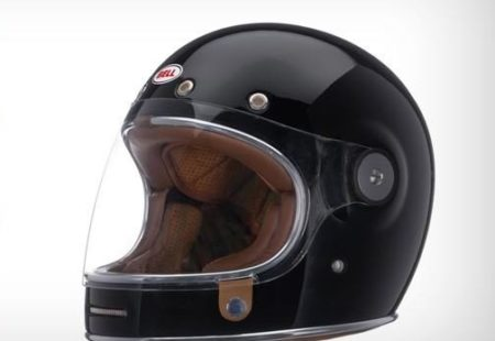 <h3>BELL SOLID BULLITT</h3>Bell shows again proof of its undeniable worldwide reputation with this one. Very similar to the Bell Star 120 but more practical, the Bell Solid Bullitt helmet is made of a fiber composite shell and is equipped with multi-density EPS liner. Its full-face protection will keep you well protected while its retro graphics will make it an indispensable partner for your weekend bike rides. Thumbs up!<strong>From $299.99</strong>